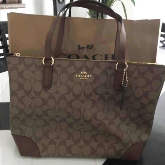 419200181a85 Coach purse bag
